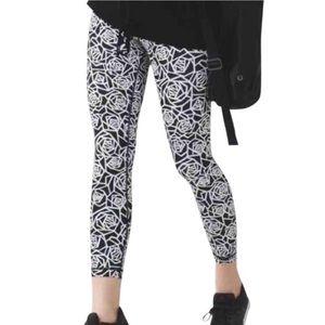 Lululemon High Times geometric posey rose leggings